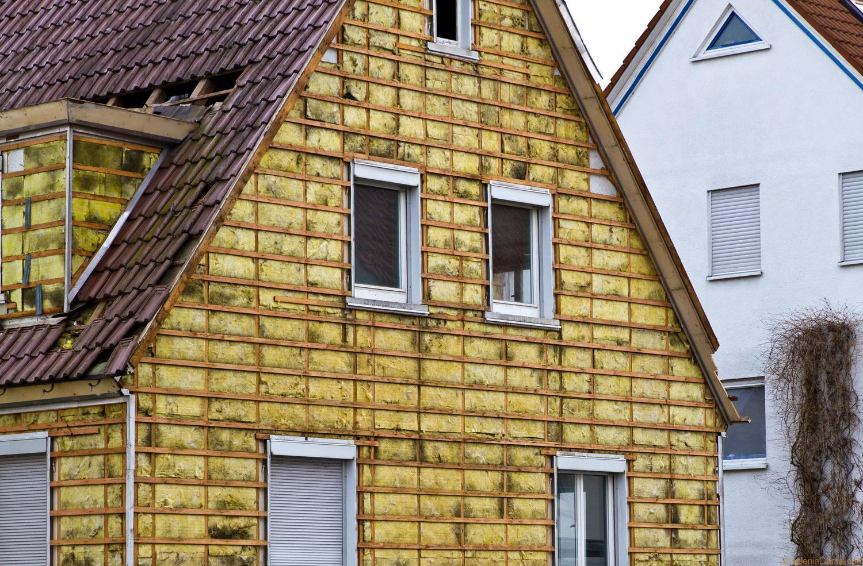 Покраска фасадов домов двумя цветами фото